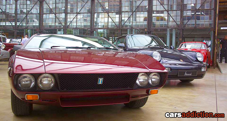 Classic Remise - Crossover between showroom and car show